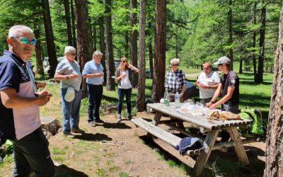 Le Parc naturel du Vercors en visite à Névache au sujet des flux touristiques