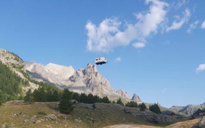 Des caravanes volantes en attendant les cabanes de bergers héliportables…